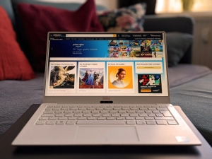Amazon auf Laptop