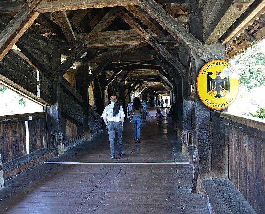 Holzbrücke Grenzübergang