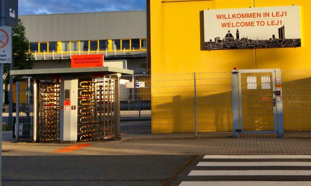 Amazon Leipzig Stahldrehtür