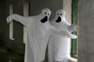 Zwei Geister