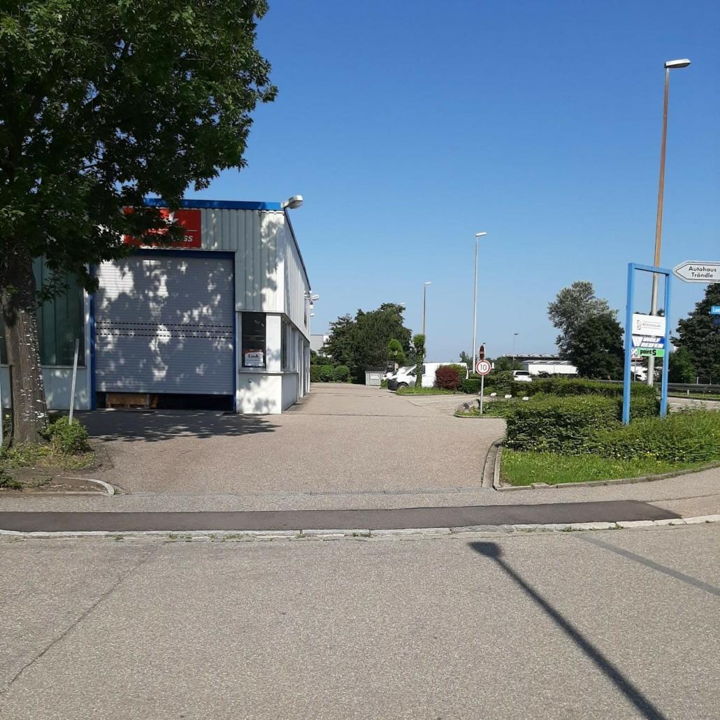 Einfahrt Parkplatz MyPaketshop